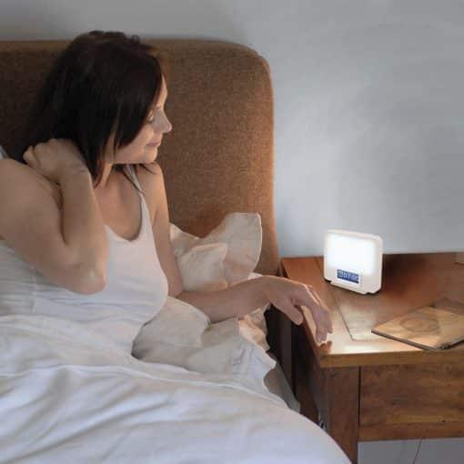 Simulateur d'aube et lampe de luminothérapie Lumie ZEST g1