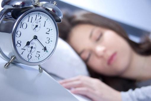 Chronobiologie, remise à l'heure de l'horloge biologique et luminothérapie